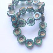 hibicus flower glass beads