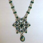 Tri star necklace beading kit, green silver